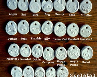 5 Porcelain tag/pendants/keychain of your choice