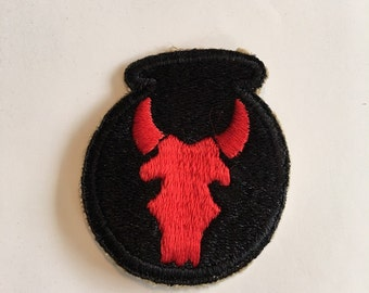 """Vintage WWII Army Patch 34th Division """"Red Bulls"""""""