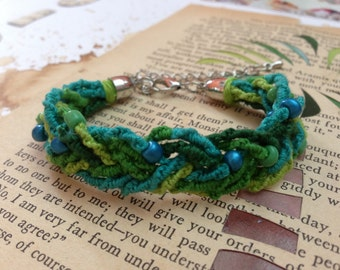 Emerald chinese staircase beaded braid friendship bracelet