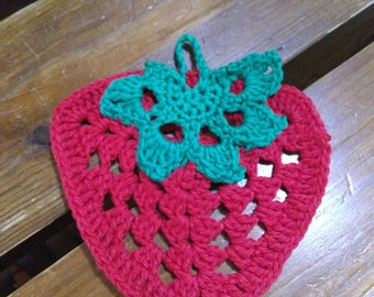 Crochet strawberry dish cloth