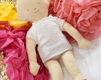 Handmade Baby Doll nelles Easter Gift Idea