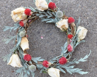 Small Eight Inch Dried Flower Spring/Summer Wreath
