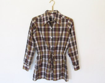 1970s Tunic Blouse / Preppy Long Sleeved Plaid Button-down / Vintage 70s Laura May Shirt w/ Drawstring Waist