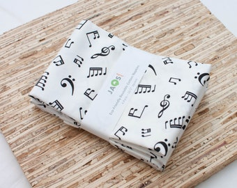 Large Cloth Napkins - Set of 4 - (N6125) - Music Notes Black White Modern Reusable Fabric Napkins