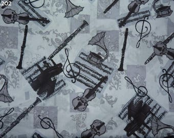 C202 coupon 34x50cm Musical Instruments fabric