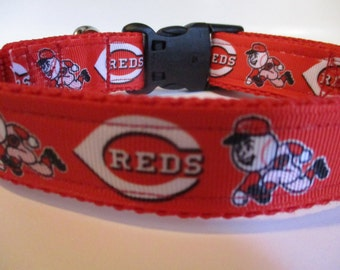 Cincinatti Reds dog collar adjustable nylon