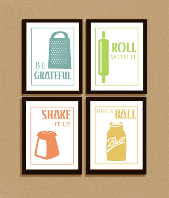 Set of 4 clever illustrated kitchen sayings for Funny kitchen set