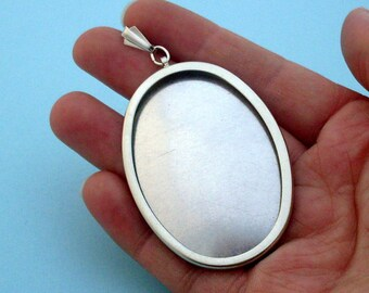 DIY Oval Pendant Setting Frame Mounting in Silver Tone 204S handmade gift jewellery supplies emboridery cross-stitch