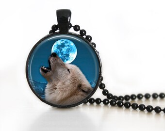 Howling Wolf Glass Pendant, Photo Glass Necklace, Glass Keychain