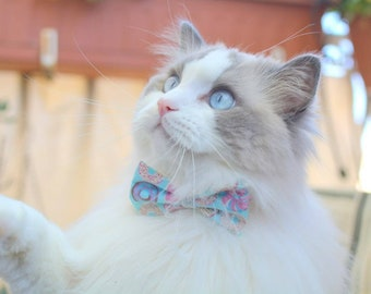 Cat bow tie Sweet Doughnuts / Donuts, breakaway cat collar, kitten collar, cat collar with bell, mint cat collar,blue,silver,Crafts4Cats
