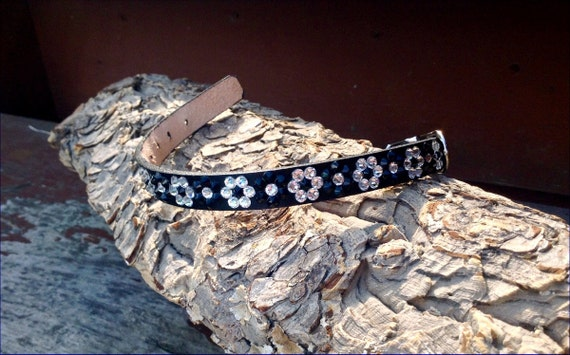 """Leather Pet Collars Daisy Chain 10-12"""" Crystal +80 Swarovski shade choices Breakaway Safety Cat or standard Buckle small Dogs Pet Project"""