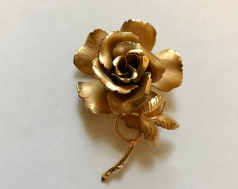 LISNER Vintage Golden Rose Pin