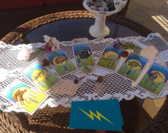 Who Are Your Totem Animals? Personalized Spiritual Oracle Divination Medicine Cards Tarot