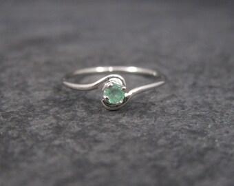 Dainty Sterling Minimalist Emerald Ring Size 5