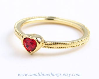 Heart Ring ~ Small Red Heart Ring ~ Swarovski Crystal ~ Dainty Ring ~ Pinky Ring ~ Valentine's Day ~ Gift for Her