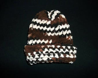 Handmade In America - Brown and White Preemie Chunky Toboggan