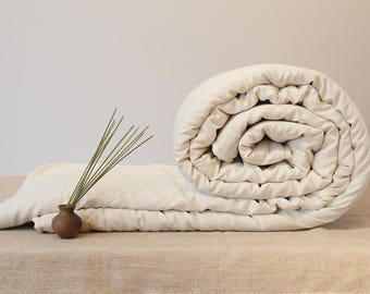 QUEEN COMFORTER - perfect comfort,for all seasons, handmade wool comforter, luxury bedding, organic duvet insert, housewarming gift