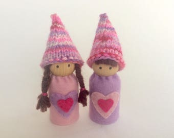 Valentine's Peg Dolls - A Waldorf and Montessori Inspired Wooden and Wool Felt Valentine's Toy (K)