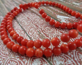 20 Red Coral Round Beads 4mm Round Tiny Small Coral Beads Bright Red Round Beads Small Round Red Coral Beads 4mm Red Round Tiny Bead #C1520
