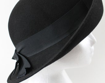 Black Formal Wool Felt Hat by Bollmans Inatoo, Vintage Formal with Ribbon Hat Band and Bow Rolled Front