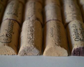 100 gebrauchte Hälften der Korken sortiert - die besten Hälften der Korken aus Europa - verschiedene Weinberg, Markenzeichen und Größe - Pre-Cut-Wein-Korken.