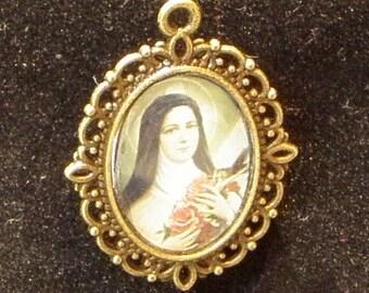 Saint Teresa de Lisieux, The Little Flower, Religious Medal, Patron Saint of African missions, AIDS sufferers, air crews, Australia,