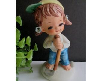 Golf Girl Figurine * Sports Girl Figurine * Napcoware * 1986