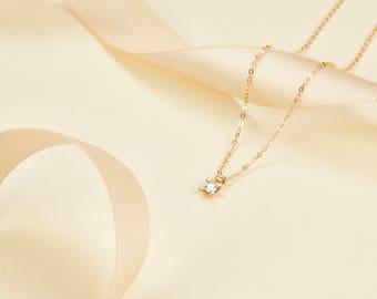 14k 18k  Gold Single Diamond Pendant Necklace  - Rose Gold White Gold Natural Diamonds Jewelry - Minimal Custom Gift P005