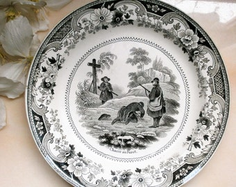 Antique french flat Talking / / Louis Lebeuf / / 1833 to 1840 / / talking plate / / Montereau / / hunting ferret / / collectible plate