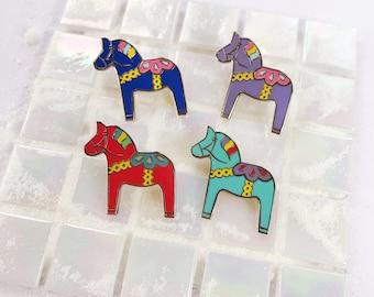 DALA HORSE - enamel pin
