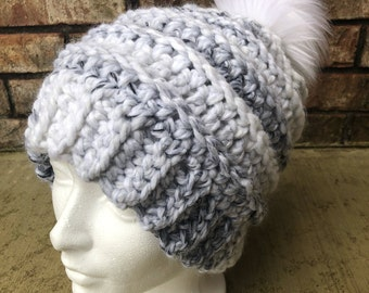 Slightly Slouchy Beanie with Faux Fur Pom in Gray and White