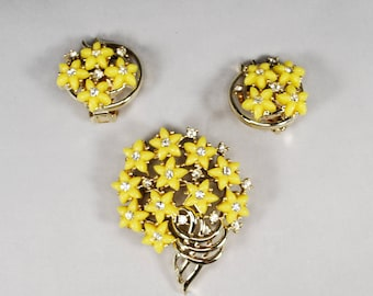 Vintage Kramer of New York Brooch and Earrings; Yellow Flowers accented with Rhinestones; Welcome Spring!!!
