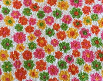 Vintage Cute Daisy Mod flower terry towelling cotton fabric 1.9m