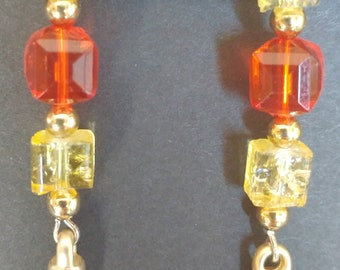 Earrings Gold tone Red