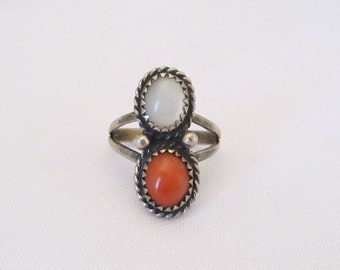 Vintage Native American style Sterling Silver Coral MOP Ring Size 6