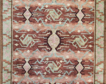 "6'7"" x 10'7"" Scandinavian Carpet, Vintage"