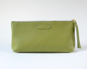 Nana: Foundation leather clutch - Leaf green