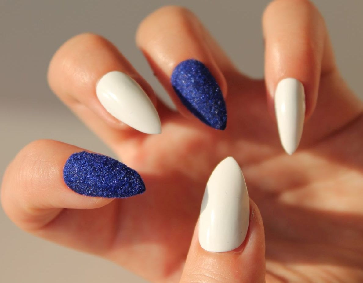 Blue Valvet and White Fake Nails Set of Handpainted False