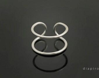 Silver Ring, Chevalier, Midi Ring, Adjustable Size, Handmade, Sterling 925, Everyday Ring, Minimalist, Modern Design, Diapiro