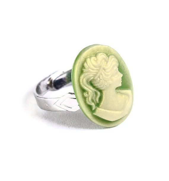 Sale Clearance 20% OFF - Green and cream cameo adjustable silver ring (685)