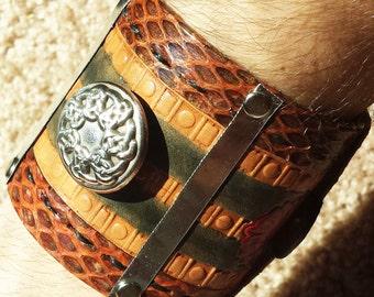 SALE Desert King's Cuff - Cuff Bracelet - Medieval Fantasy - 100% Genuine Leather