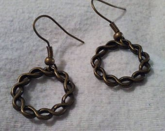 Open Celtic Round Earrings