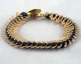 "Fishtales Bracelet in gold - 6 1/2"" handwoven thread & multi link chain bracelet. handmade to order in NYC."
