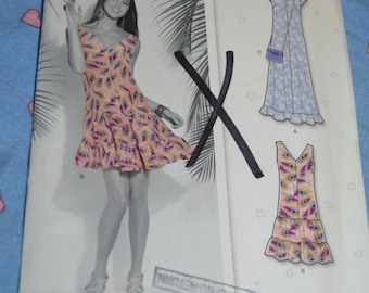 New Look 6121 Misses Dress Sewing Pattern - UNCUT - Size  4 - 16