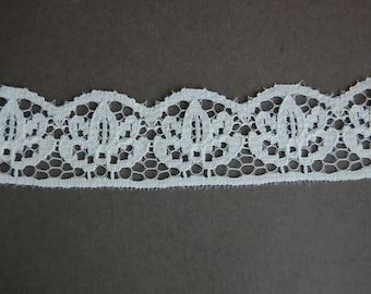 White Scallop  Lace Trim