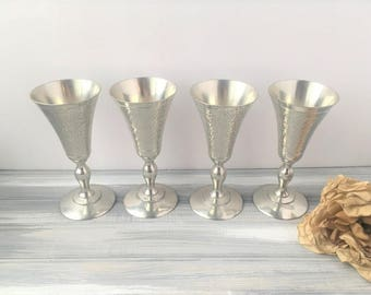 Set of 4 Silver Pewter Goblets / Silver Wine Goblets / Dining Goblets / Toasting Goblets / Wedding Goblets / Silver Goblets