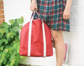 Vegan leather tote bag Red shoulder bag Small tote with zipper Vegan tote women Faux leather handbag Red tote bag Minimalist bag Shopper