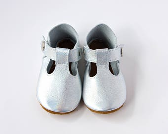 Silver Baby Shoes, Platinum Baby Shoes, Baby T-Straps, Leather Baby Shoes, Newborn Crib shoes, Baby Gift, First Walkers, Baby Shoes