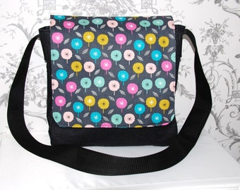 Black Messenger Bag, Messenger Bags, Patterned Messenger Bags, Black Messenger Bags, Gifts for Her, Cross Body Bags, Laptop Bags, Book Bags