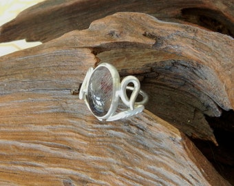 Elven Raspberry Quartz Ring
